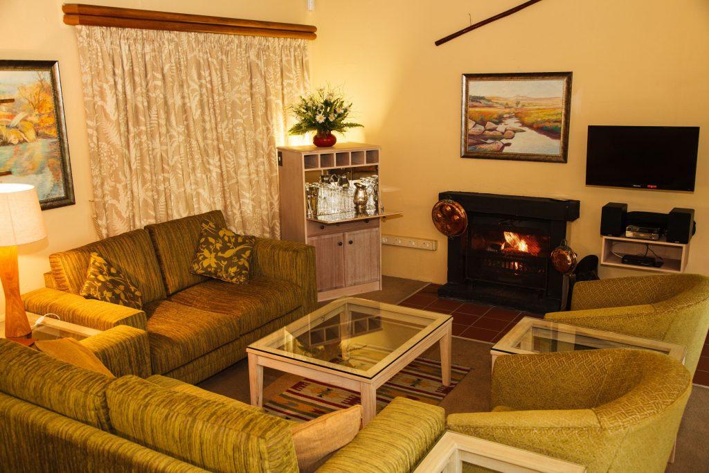 mount sheba self catering living room